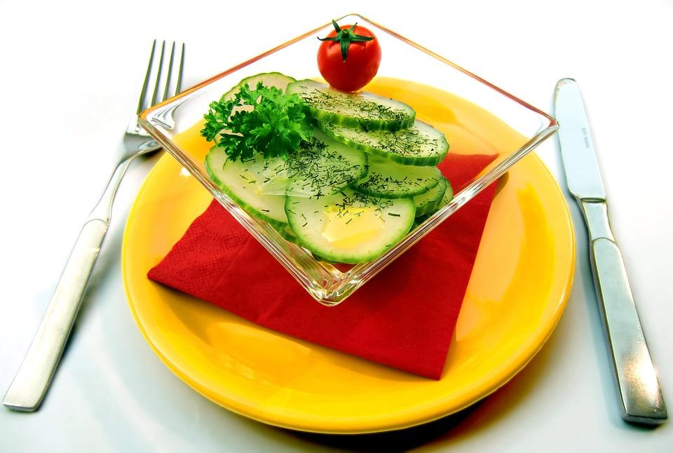 salad-652503_960_720